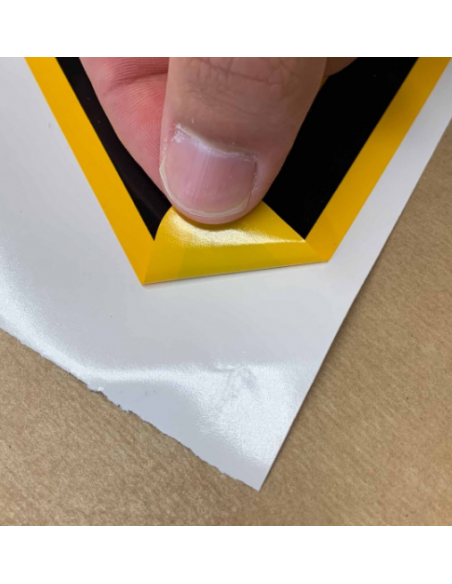 Sticker met tekst waarschuwing struikelgevaar, W007 materiaal