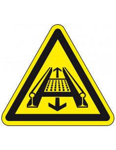 Waarschuwingssticker machine op rails, geel zwart, op rail bewegende delen symbool, driehoek